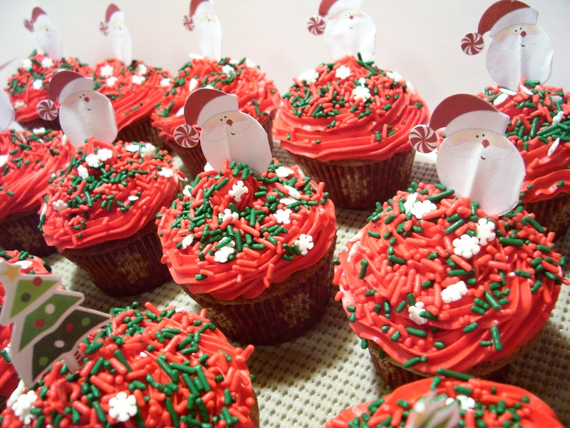 Christmas Fairy Cake Decorating Ideas : Festive Christmas Cupcakes - Specialty Cakes and Desserts